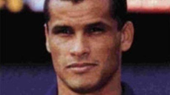 里瓦尔多里瓦尔多(1972年出生于巴西城市累西腓)在1997-98...
